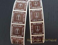 """50 Etiquettes cadeaux """"Plaisir d'offrir"""" stickers autocollantes marron chocolat"""
