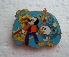 New Listing*~*Disney Goofy & Donald Tiki Adventure Flexible Characters Pin*~*