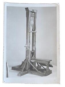 FRANCE MUSEUM CARNAVALET EXECUTION/GUILLOTINE UNUSED RPPC POSTCARD