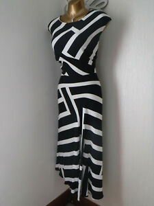 *PRINCIPLES Ben De Lisi* Size 18 Black and Ivory Fit and Flare Dress VGC*