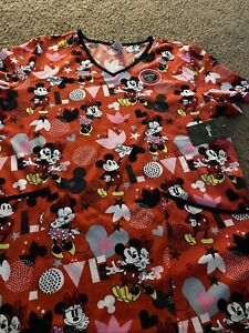 New Disney Mickey and Minnie Mouse Scrub Top Hearts Love Valentines Day Red Lg