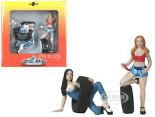 VAL AND ANDIE TIRE BRIGADE 2 PC FIGURINE SET 1/18 BY MOTORHEAD MINIATURES 772