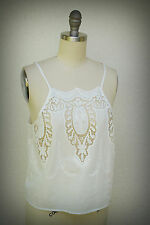 NWT KENDALL & KYLIE Size Medium Camisole Embroidery Eyelets Cameo Design
