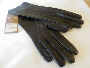 New Burberry Short Leather Gloves - Size 7.5 - $450.00
