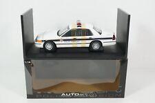 1:18--AUTOART--72704..Ford Crown Victoria Inerceptor..POLICE  / 13 D 516