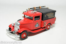 ELIGOR FORD 1932 FIRE ENGINE TRUCK VAN NEAR MINT CONDITION