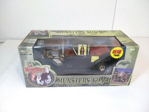 Large 1:18 Scale American Muscle MUNSTERS KOACH Diecast By ERTL 33036