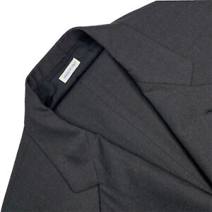 VTG 44 R Brioni Solid Charcoal Grey Adriano Fit Wool Suit Pleat Front Made Italy