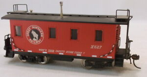 HO BRASS ORIENTAL MODELS CUSTOM PAINTED GREAT NORTHERN 30' WOOD CABOOSE #X627