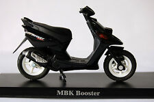 MBK  BOOSTER   1/18th  DIECAST   MODEL  MOTORSCOOTER