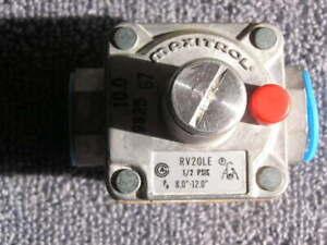 """RV MAXITROL Propane Gas Regulator RV20LE 3/8"""" x 3/8"""" Propane 8.0-12"""" LP pressure"""