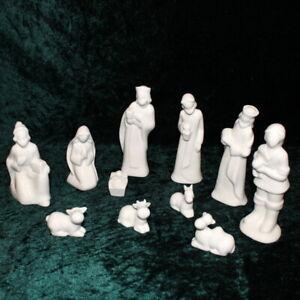 Moderne Krippenfiguren Porzellan 14,5cm weiß ohne Gesichter Familie Könige Hirte