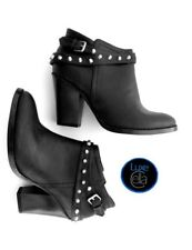 GUESS Studded Wrap-around Strap Matte Black Side-Zip Stacked Heel Ankle Boots 6