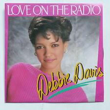 DEBBIE DAVIS Love on the radio 741008