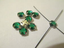 24 Swarovski Crystal Emerald  Rose Montees 20SS or 5 mm  RM1