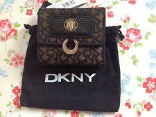 ⭐ DKNY ⭐ ⭐ Bolso Negro y Oro