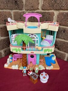Loving Family Beach House Sweet Streets Complete Mattel 2000 Figures Furniture