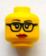 LEGO - Minifig, Head Female Glasses with Eyelashes and Red Lips