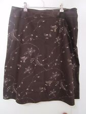 beautiful  BROWN SKIRT PEARL AND SEQUIN DECOR. SIZE 14