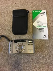 FUJIFILM FOTONEX 250ix ZOOM Advanced Photo System(APS) Camera. With User Manual.