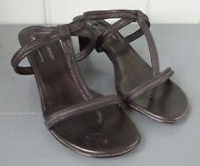 T Strap Sandales Elastic Med Med Elastic (1 3 4 to 2 3 4 in) Heel Height Sandales ... 253a77