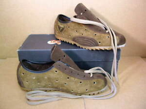 New-Old-Stock Rivat Suede Cycling/Touring Shoes - Size 35 (Euro)