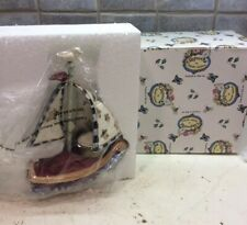 Nib Blue Sky Clayworks Heather Goldminc Sailboat Tealight Holder -Nc2122 - 2000
