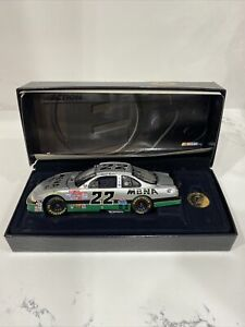 WARD BURTON #22 1998 RCCA 1:24 MBNA PLATINUM PONTIAC ELITE #975 of 1200  NIB