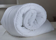 4ft6 Double Duvet Quilt - 4.5 Tog - White Blended Cotton - 200 x 200cm