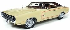 1970 Dodge Charger RT/SE CREAM w Gator Grain Top 1:18 Auto World 1036