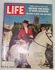 Life Magazine 1966 Jackie Kennedy cover Great Pictures! Nice See!
