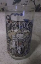 MISS PIGGY ON A MOTORCYCLE 1981 PROMO GLASS FROM MCDONALD'S (THE GREAT MUPPET CA