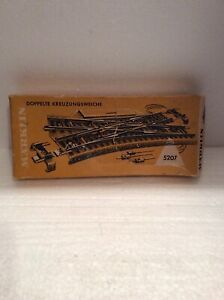 VINTAGE: MARKLIN 5207 HO TRACK SWITCH ~~ WESTERN GERMANY