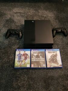 Sony PlayStation 4 500GB Black with 2 Controllers & 3 Games