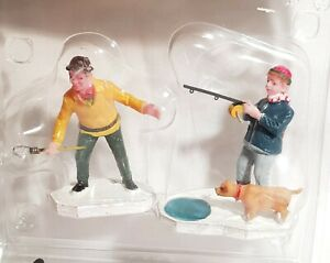 RETIRED Lemax Village Holiday & Seasons Figurine Ice Fishing #12491. c.2001