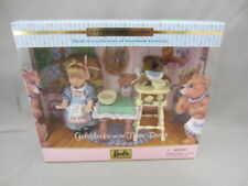 Kelly as Goldilocks and The Three Bears Mattel Barbie Collectible #29605 - 2000