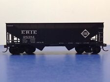 "HO Scale ""Erie"" 28381 2-bay Open Hopper Freight Train Car"