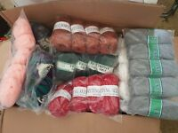 *BIG** BUNDLE KNITTING CROCHET WOOL/YARN BALLS 2000g RANDOM MIXED JOBLOT SECONDS