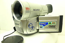 Camescope Samsung VP-L700 PAL Hi8 VIDEO 8mm + k7 HI8 bon état de fonctionnemet
