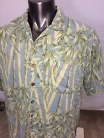 Tommy Bahama 100% Silk  Floral Short Sleeve Men's Shirt Size Medium