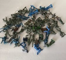Lot of 59 Vintage Toy Plastic Army Men soldiers