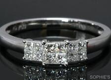 Diamond Three-Stone White Gold Fine Rings