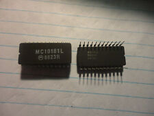 1PC. MOTOROLA MC10181L 24 PIN DIP CERAMIC INTEGRATED CIRCUIT