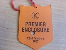 22/02/2002 Kempton Park Races - Horse Racing Badge (good condition with no appar