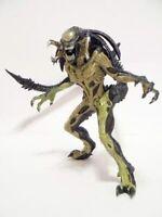 Alien vs Predator Predalien AVP2 Japan original Figure Real color From Japan