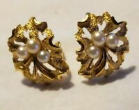 Vintage CROWN TRIFARI Gold Tone Faux Pearl Floral Clip On Earrings