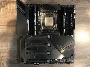 ASUS Republic of Gamers Rampage VI Extreme LGA 2066 Extended ATX Combo