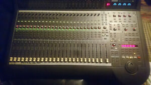 Mackie D8B 56input 72 channel fully automated audio mixing console + Probox