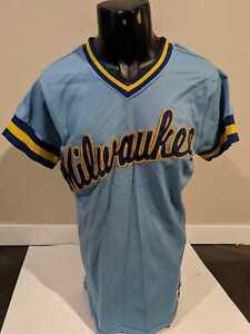 Vintage Milwaukee Brewers MLB Baseball Jersey Sand Knit Berlin WI Small SeePhoto