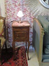 Chevet de style Louis XV à dessus de marbre